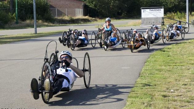 Baanwedstrijd Venlo en handbike wedstrijd Zwevezele (België)